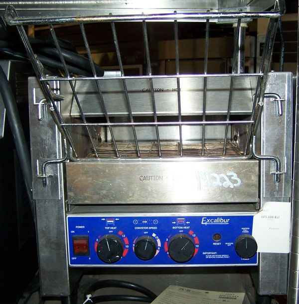 PRINCE CASTLE TOASTER CONVEYOR OVEN