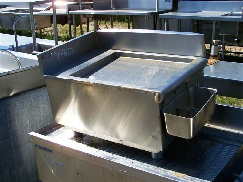 S/S UNDERBAR DRAINBOARD SECTION - REAR & RT SPLASH - DIPWELL - N